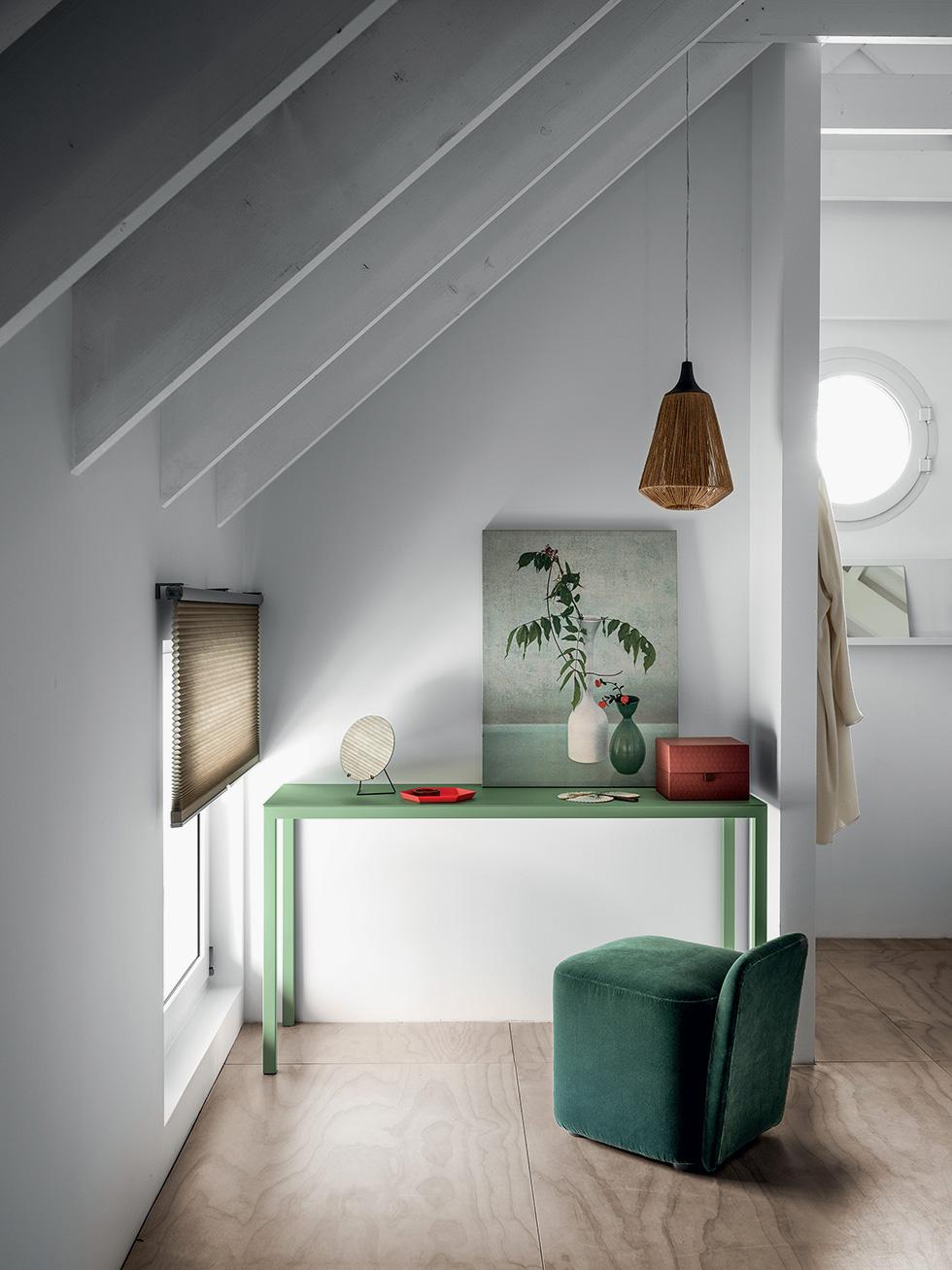 Frame Desks